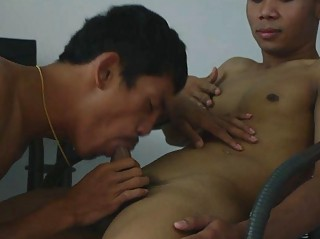Well-pleased Dilute Gets Fucked Bareback By His Patient