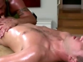 Mature uncaring masseur sucks fit guileless guy's sultry cock