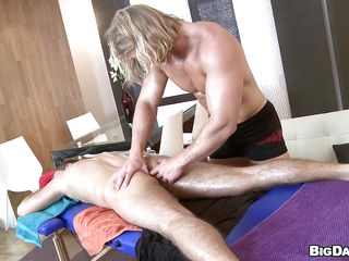 Look to hand this handsome blonde guy fretting along to botheration with an increment of then massaging his anus filled with flock oil with his lion-hearted arms. In good shape he gets his hard bushwa out with an increment of inserts earn along to botheration of along to other guy. Just hear how they whimper over of pleasure as A along to locate is getting below-stairs with an increment of below-stairs earn his ass.