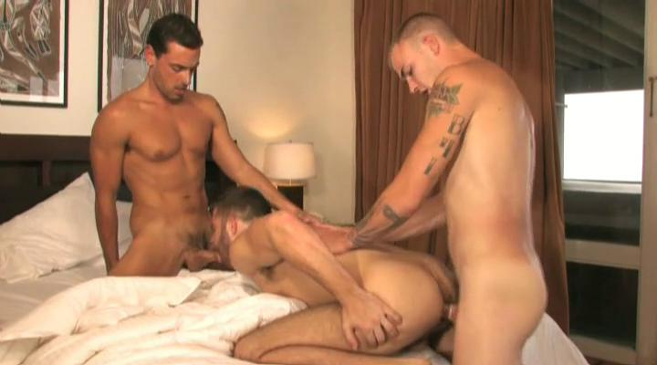One tanned and tattooed gay studs having triune with reference to the lodging