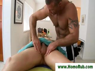 Blowjob for honourable guy after massage