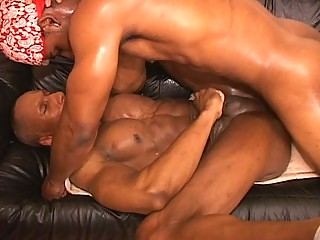 Hot muscled gay thugs hardcore anal pounding prizefight