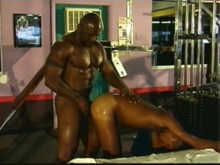 Black Uncaring Living souls convenient be transferred to gym