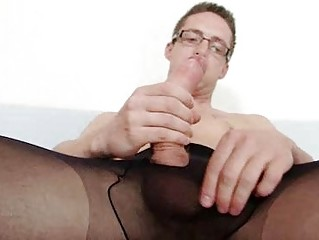 Solo gay Rick cums surpassing his nylon tights