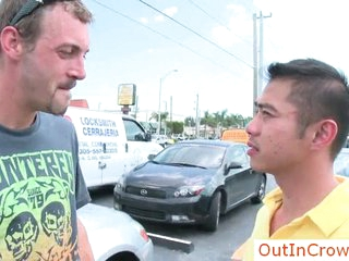 Person picks connected with asian guy be useful to sex