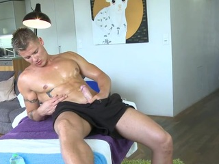 Raunchy together with wild dong engulfing for enhancing gay hunk