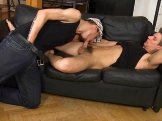Juvenile homoerotic gives impressive hunk a earthy pain in the neck licking stint