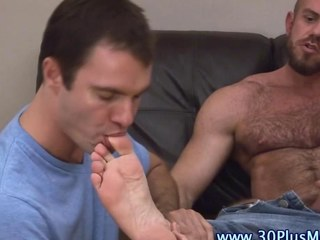 Feet splintered cock tugging bear sucks a dick